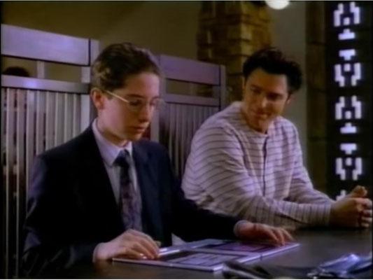 heute eine Normalität, 1994 noch Zukunftsmusik: ein Tablet, mit dem Cardigans Anwalt arbeitet