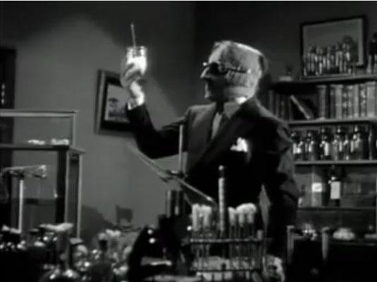 """auch bei """"Der Unsichtbare"""" wird das """"Mad Scientist"""" Motiv aufgegriffen"""