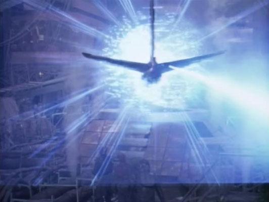 der Zeittunnel gehört zu den gut gelungenen Special Effects. In dieser Szene wird ein Flugzeug kurz vor dem Absturz in die Zukunft gebracht. Die Passagiere werden gegen Klone ausgetauscht