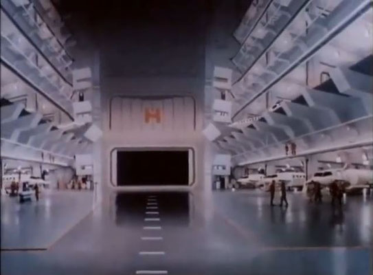 besonders eindrucksvoll waren die Sets und Kulissen des Ufo-Inneren
