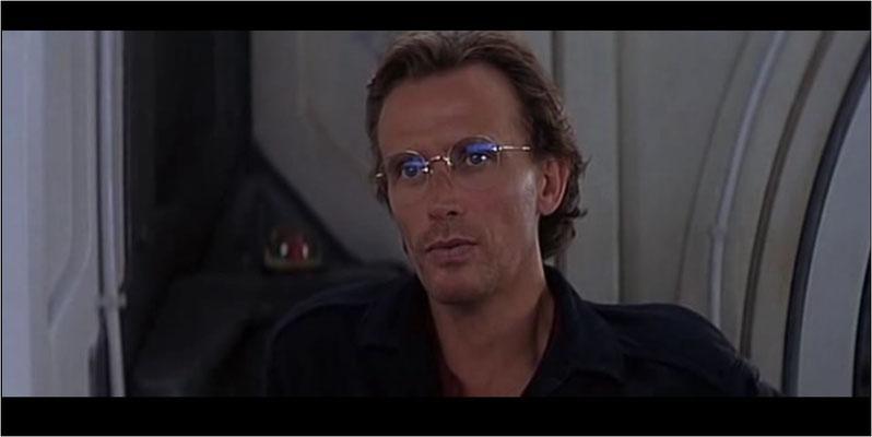 Peter Weller war einige Jahre vor dem Dreh mit dem Kultfilm Robocop berühmt geworden