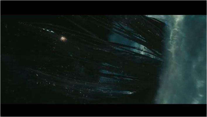 ein unbekanntes Romulanerschiff erklärt der Föderation den Krieg