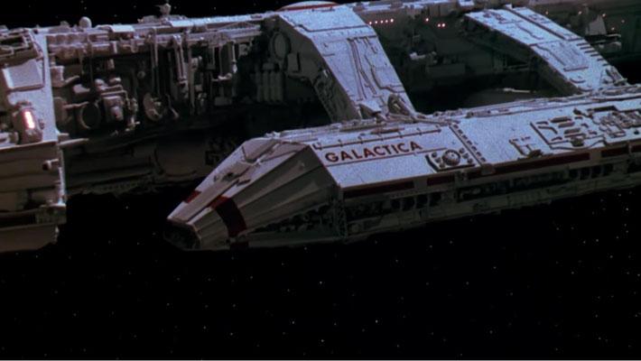 Der Anflug auf die Galactica sorgt noch immer für Gänsehaut-Feeling, sieht auf der BD aber leider sehr körnig aus