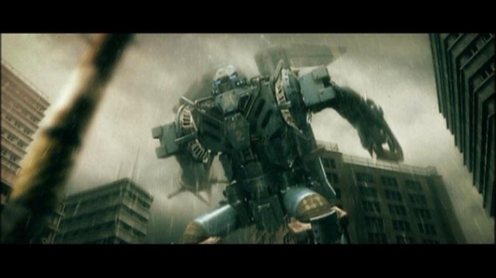 Der Riesen-Superroboter MI-6 2 steigt in die Lüfte, um gegen NEGADON anzutreten. Für den gräulichen, verwaschenen Look programmierte Jun Awazu eigens einen eigenen Filter. Er soll dem Betrachter das Gefühl eines alten Kaiju-Filmes vermitteln