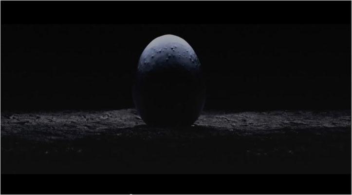 as Ei aus dem das Alien schlüpft, wie es im Trailer gezeigt wird. Zusammen mit der unheilvollen Musik von Komponist Jerry Goldsmith lässt allein schon dieser Anblick böses erahnen