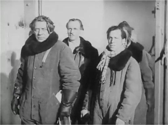 eine gewisse Ähnlichkeit zu Hans Albers in FP 1 antwortet nicht ist nicht abzustreiten: Carl Wery in: Weltraumschiff 1 startet