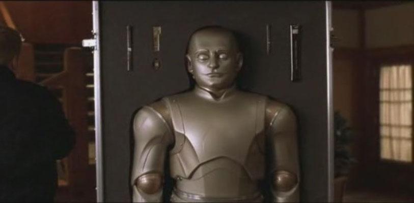 Richard Martin kauft einen androiden Haushaltsroboter