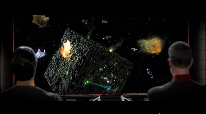 Die Enterprise E, das neueste Schiff der Sternenflotte, gehört der Souvereign Klasse an