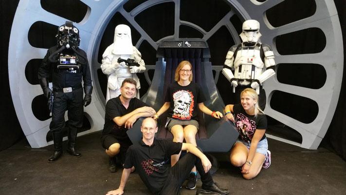eine tolle Truppe und Herz des Starbase Standes Michael, Annika, Andreas, Laura
