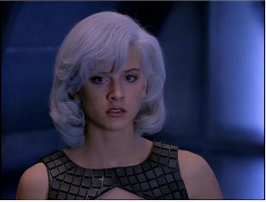 Die deutsche Schönheit Eva Habermann stieg nach Episode sechs aus und wurde von Xenia Seeberg ersetzt