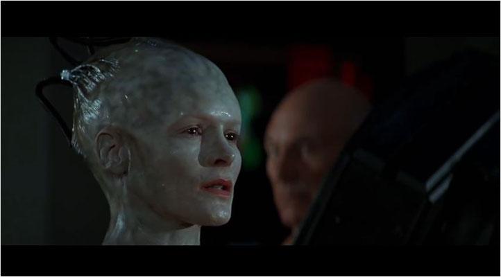 Alice Krige gibt eine hervorragende Borg-Königin ab