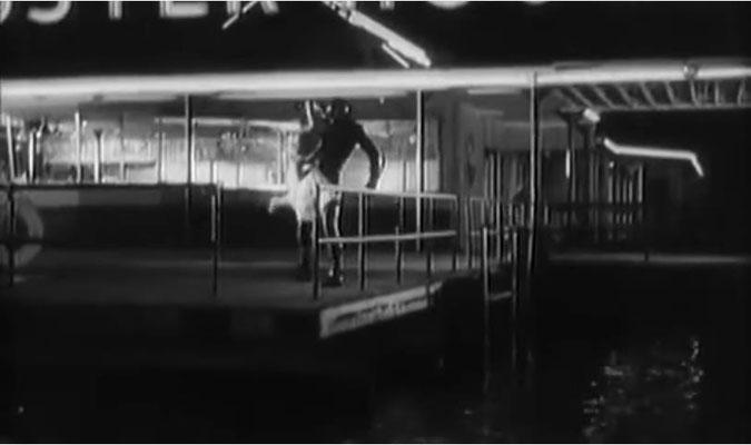 trotz guter Ansätze verblasst die Story des Films am Ende zu einer vereinfachten Version der bereits aus King Kong und die weiße Frau bekannten Verfolgungsjagd, die mit der Liebe der Kreatur zur einer schönen Frau erklärt wir