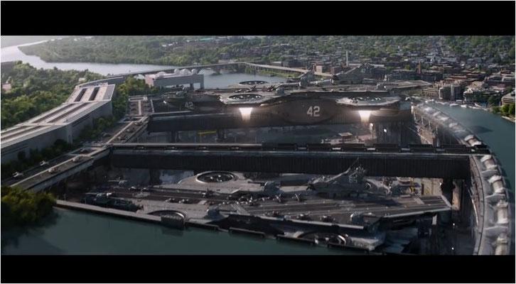 mmer wieder werden Bezüge zu The Avengers hergestellt. So spielen etwa die flugfähigen Supercarrier von S.H.I.E.L.D. eine wichtige Rolle