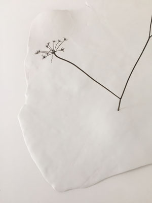 De nature en sommeil, porcelaine-papier, 42x40x3 cm, 2020