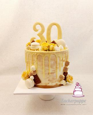 Dripcake in Naturfarben zum 30. Geburtstag von Tina