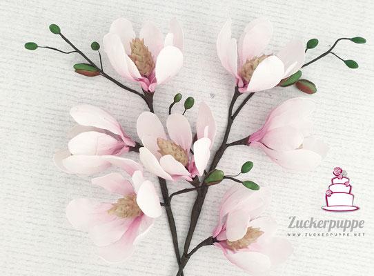 Handmodellierte Magnolien zum 74. Geburtstag von meinem Grosi