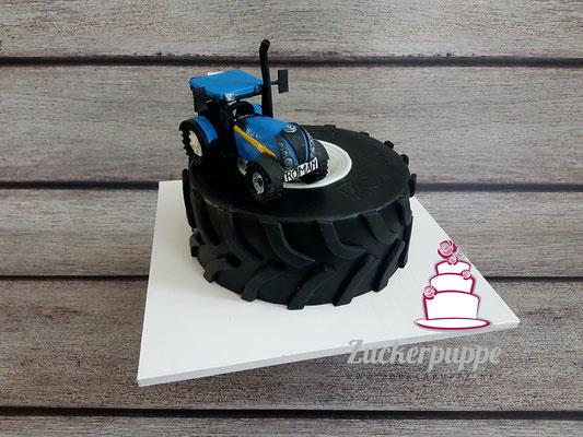 NewHolland Torte zum 18. Geburtstag von Roman