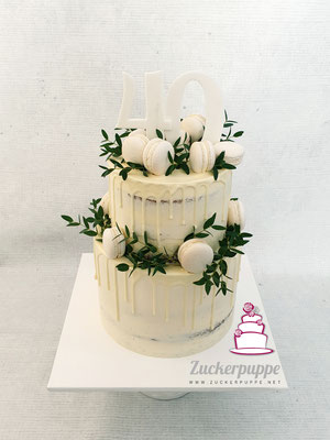 Seminaked-Dripcake mit feinem Eucalyptus und selbstgemachten Macarons zum 40. Geburtstag von Giorgio