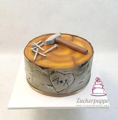 Birkenstamm - Torte mit Hammer und Nägeln zum 31. Geburtstag von Alex