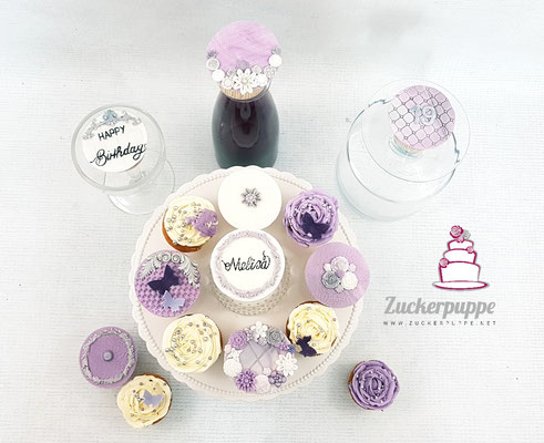 Cupcakes in Weiss, Lila und Silber zum 19. Geburtstag von Melisa