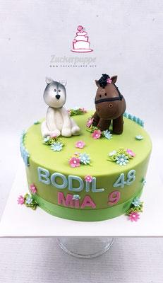 Pferd und Husky, zum 9. Geburtstag von Mia und 48. Geburtstag von Mutter Bodil