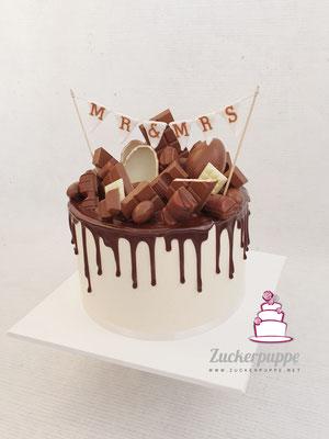 Kinderschokoladen-Dripcake als Überraschung für den Bräutigam zur Hochzeit von Alessandra und Cyrill