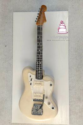 Die eigene E-Gitarre als Torte zum 17. Geburtstag von Enrique