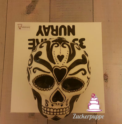 Totenkopf - Torte zum 35. Geburtstag von Nuray