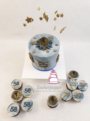 Vintage-Torte mit Dunkelblau und Gold zum 58. Geburtstag von Markus