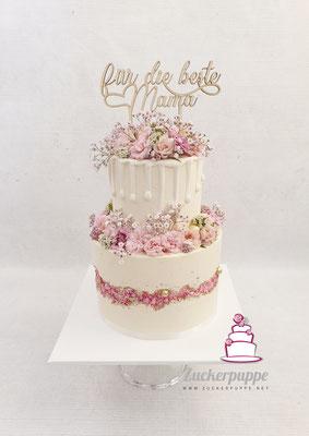 Caketrend 2019: Fault-line-cake in Rosa mit zuckerstreuseln und Frischen Rosen zum 48. Geburtstag meiner Mama