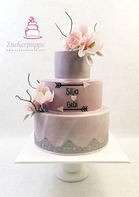 Handmodellierte Magnolien und Pfingstrosen aus Zucker mit MauveTaupe und Silber zur Hochzeit von Silja und Gebi