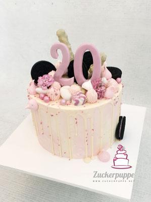 Dripcake mit Süssigkeiten zum 20. Geburtstag von Lorena