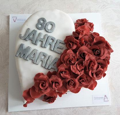 Herz - Torte mit Rosen zum 80. Geburtstag von Maria