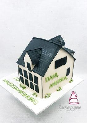 Zur Hauseinweihung von Dani, Andrea, Sarina und Nino ihr neues Zuhause als Torte