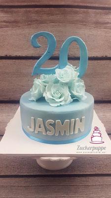 RosenTorte in der Lieblingsfarbe Hellblau zum 20. Geburtstag von Jasmin