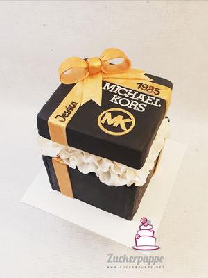 Geschenksbox-Torte mit Überraschung im Inneren zum 34. Geburtstag von Jessica