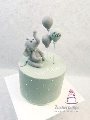 kleines Elefäntchen mit Ballons zur Taufe von Colin
