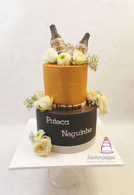 Gold - Schwarze Torte mit echten Blumen und kleinen Zucker-Proseccoflaschen zum 29. Geburtstag von Márcia und zum 41. Geburtstag von Lipa