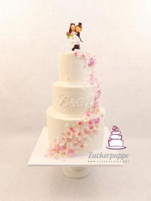 Blütenfluss in rosa, pink, weiss und flieder zur Hochzeit von Berna und Michael