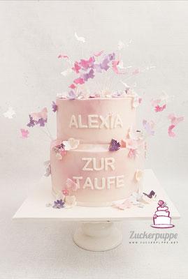 Typisch Mädchen! Schmetterlinge und Blüten in Rosa, Pink und Lila zur Taufe von Alexia