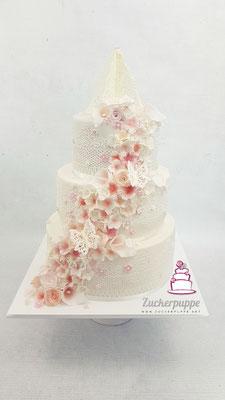 Blütenfluss - Torte in Weiss und Rosa zur Hochzeit von Maria-Angela und Urs