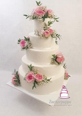 Frische Blumen in zartem Rosa zur Hochzeit von Sara und Michael