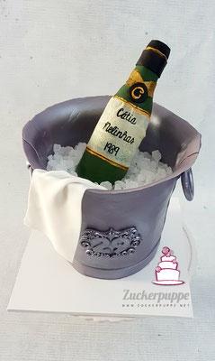 Sektkühlertorte mit Proseccoflasche zum 29. Geburtstag von Cátia