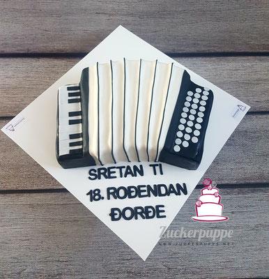 Handorgel - Torte zum 18. Geburtstag von Dorde