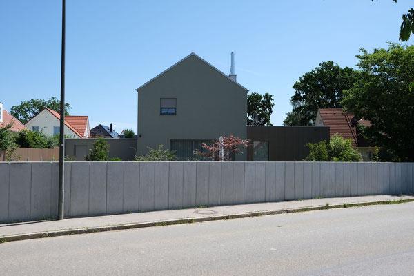 Einfamilienhaus in Odelzhausen mit Pool