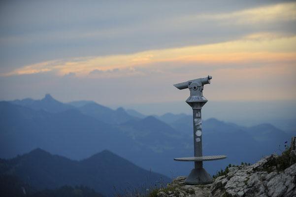 Hochfelln, Fernrohr nahe des Gipfels