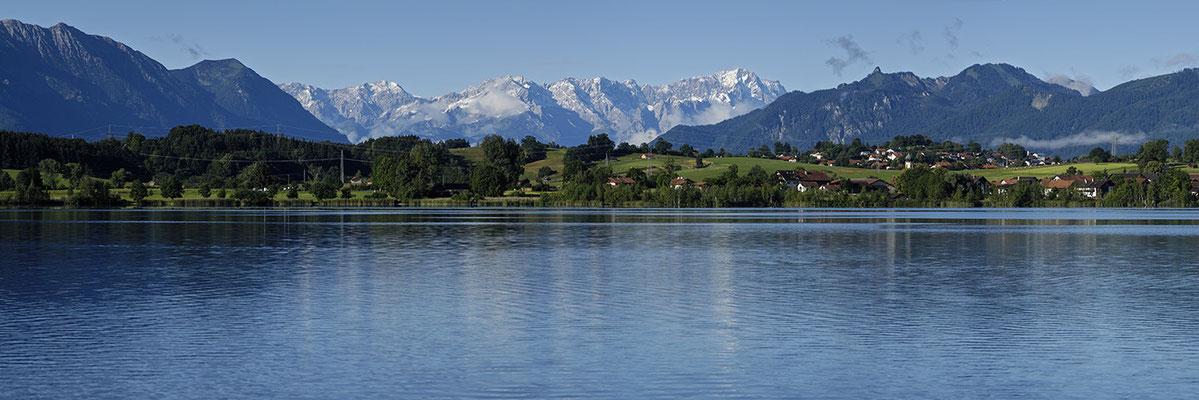 Riegsee mit Blick auf das Wettersteingebirge