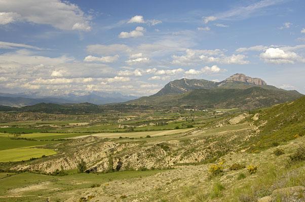 Blick vom Kloster San Juan de la Pena (E)