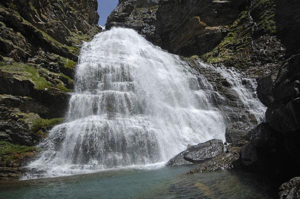 Pferdeschwanz-Wasserfall im Ordesatal (E)