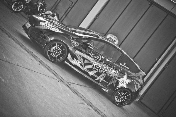 Ford Fiesta ST Auto Folierung, KFZ Folierung - von Schwarz auf Digitaldruck Rockstar-Design - Blickwerbung in Crailsheim - SW